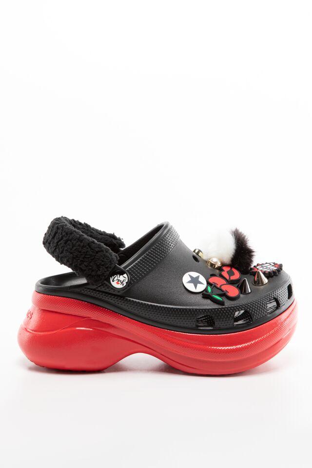CROCSY CLASSIC CRUELLA BAE W BLACK/RED 207400-063