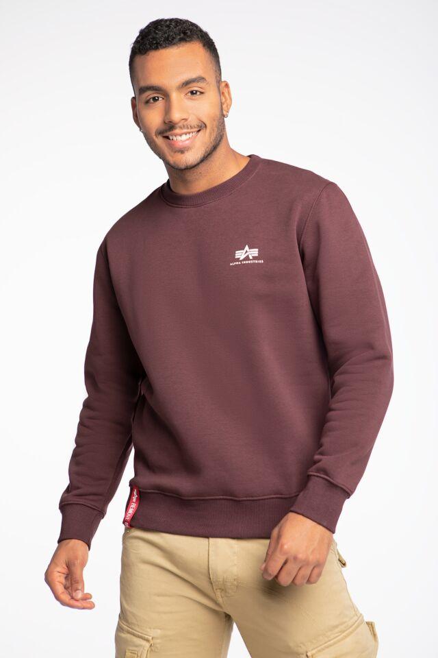 Basic Sweater Small Logo