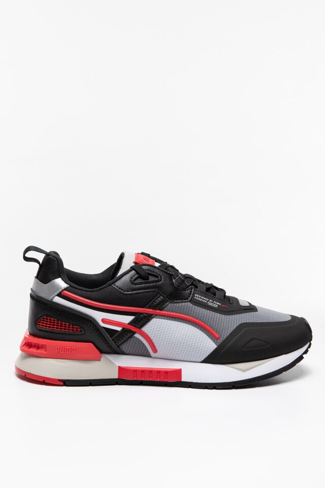 SNEAKERSY Mirage Tech Puma Black-High Risk Red 38111804