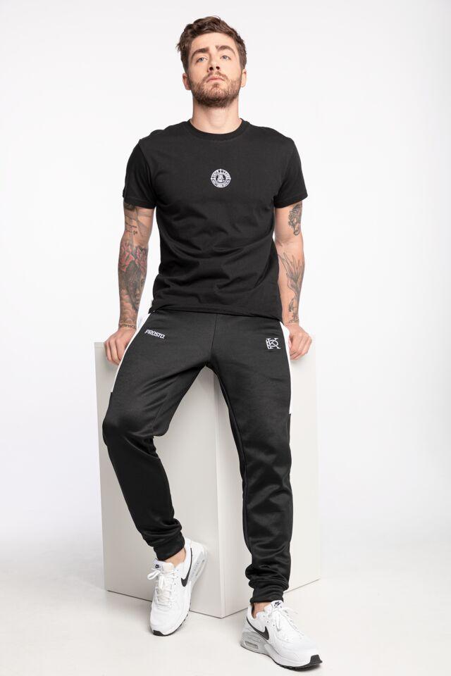 DMWU Essential T-Shirt Black UNFR21-086
