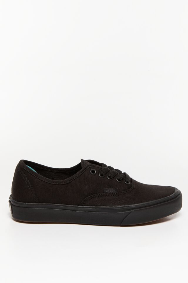 UA ComfyCush Authentic ND1 CLASSIC BLACK/BLACK