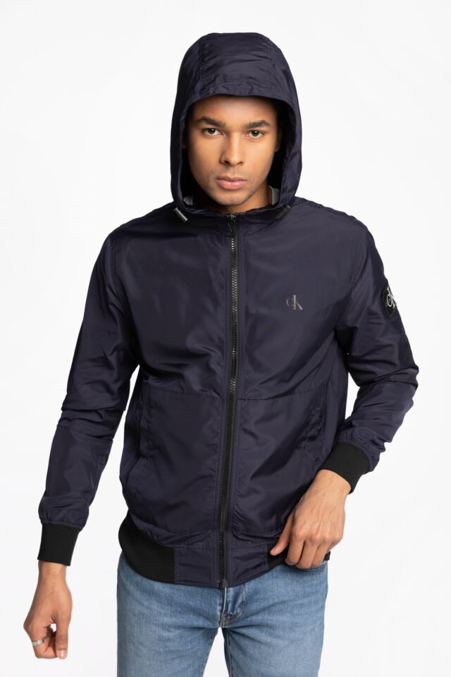 ESSENTIALS HOODED BOMBER J30J318137CHW