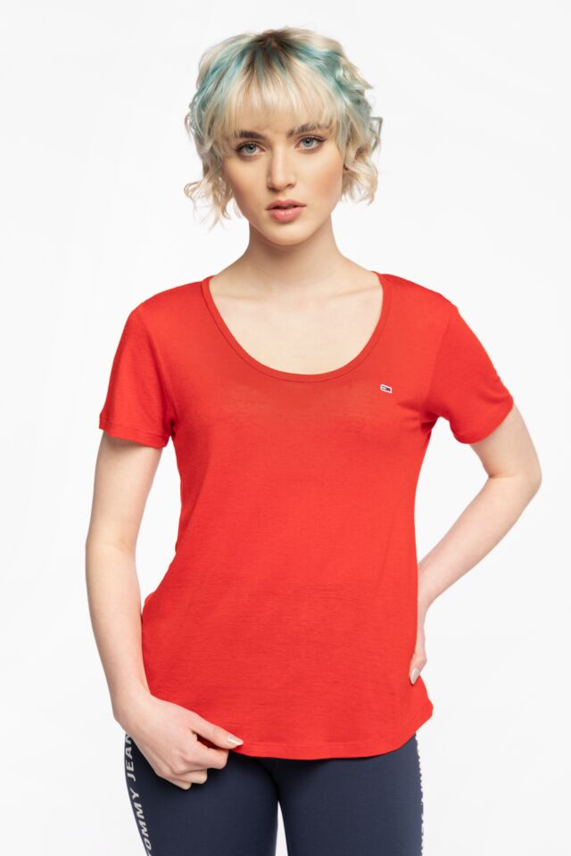 Z KRÓKIM RĘKAWEM TJW REGULAR SCOOP NECK TEE DW0DW09789XNL
