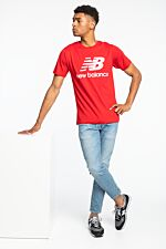 ESSENTIALS STACKED LOGO T REP MT01575REP RED/WHITE