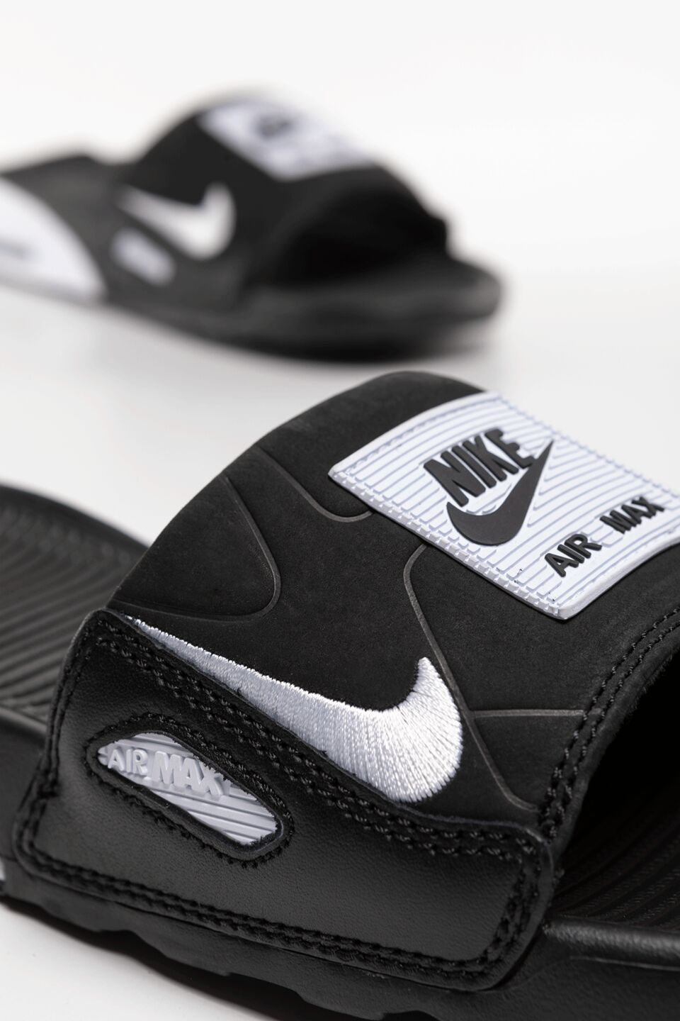 WMNS Air Max 90 SLIDE CT5241-002 BLACK/WHITE