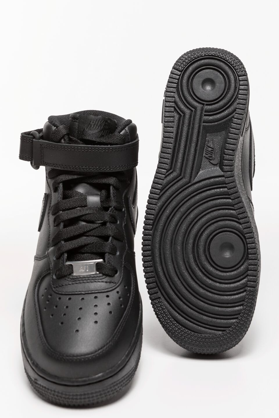 WMNS Air Force 1 Mid 07 001